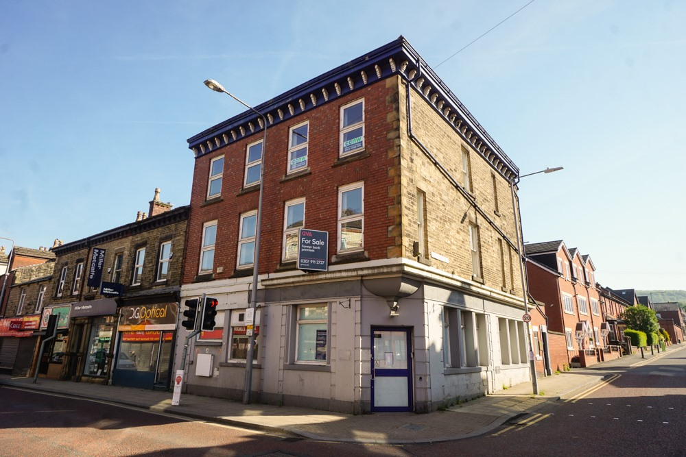 Estate agency move  triggers business boom