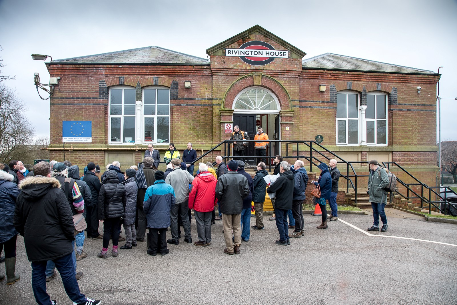 HORWICH COMMUNITY COMES TOGETHER TO COMMEMORATE HISTORY OF LOCO WORKS