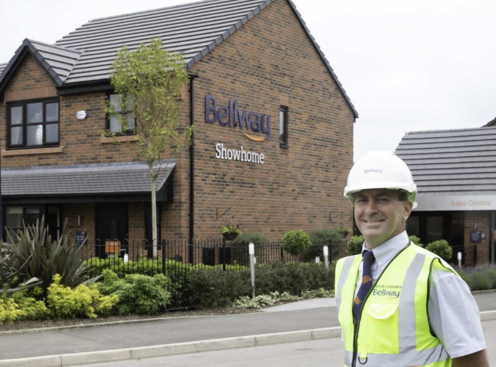 WESTHOUGHTON SITE MANAGER WINS AWARD FOLLOWING BRAIN SURGERY