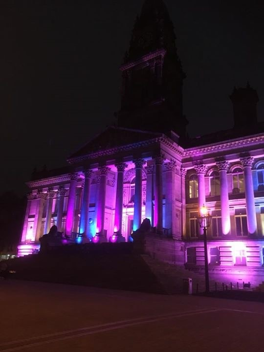 Town Hall to change colour for Baby Loss Awareness Week