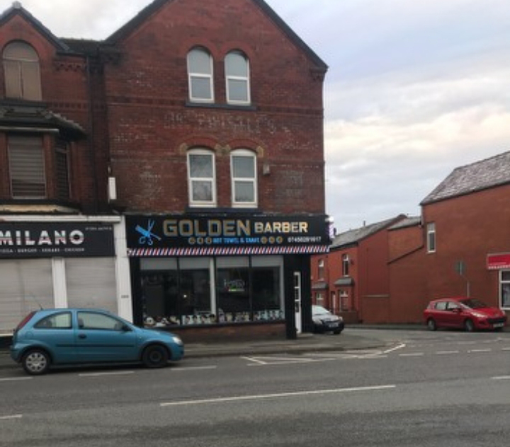 New barber shop opens in Horwich