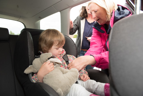 Get life-saving advice at child car seat clinics